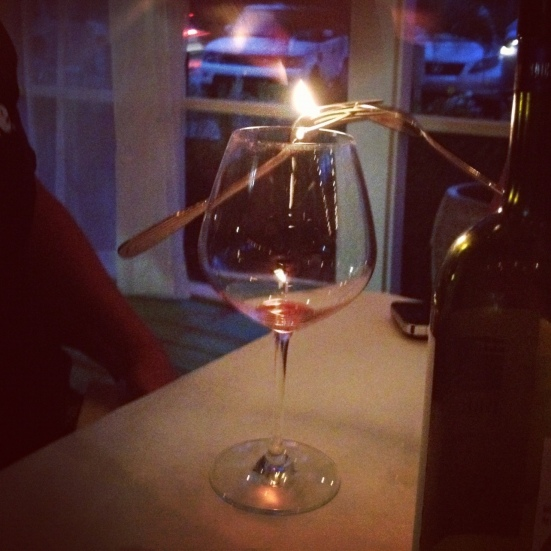 wine glass silverware balancing trick