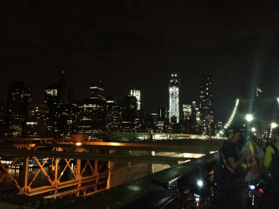 view from the brooklyn bridge at night